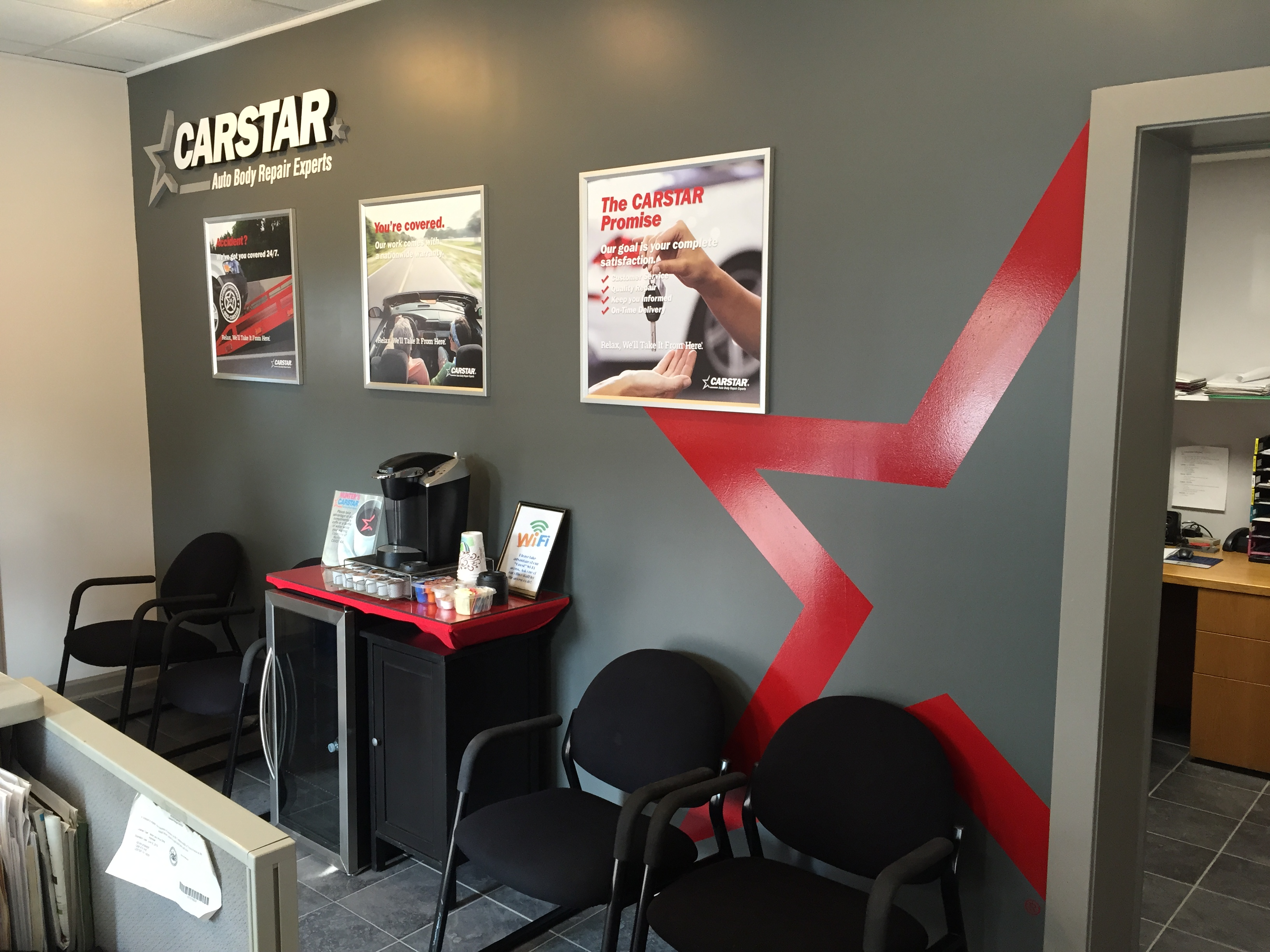 Hunter's CARSTAR: Complimentary Refreshments