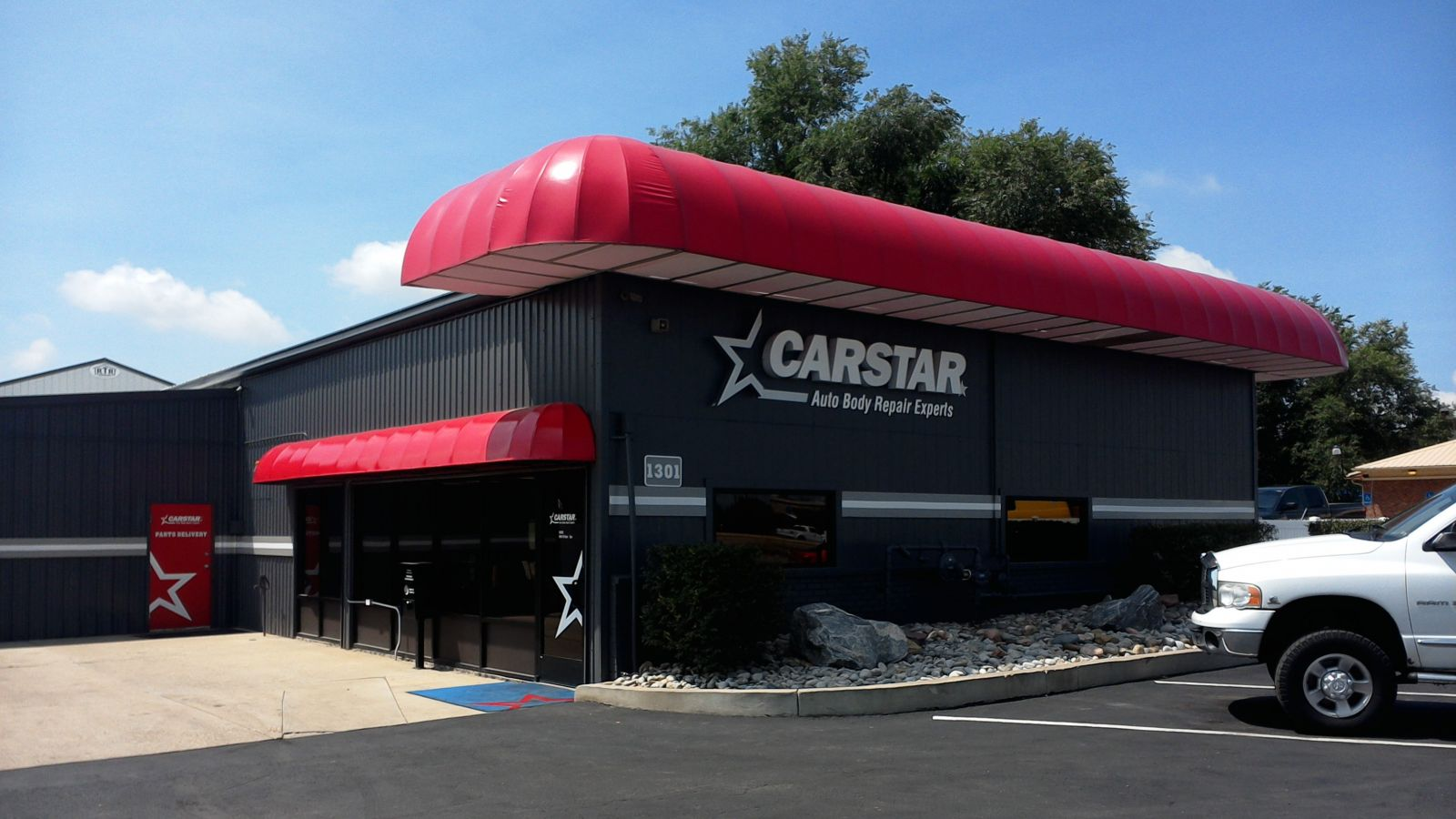CARSTAR Fort Collins N: Store Front