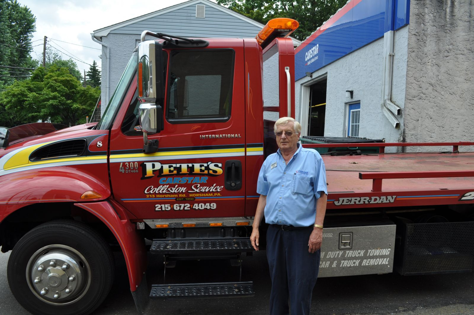 Pete's CARSTAR Collision: Towing Service