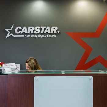 CARSTAR Northwest: Front Desk