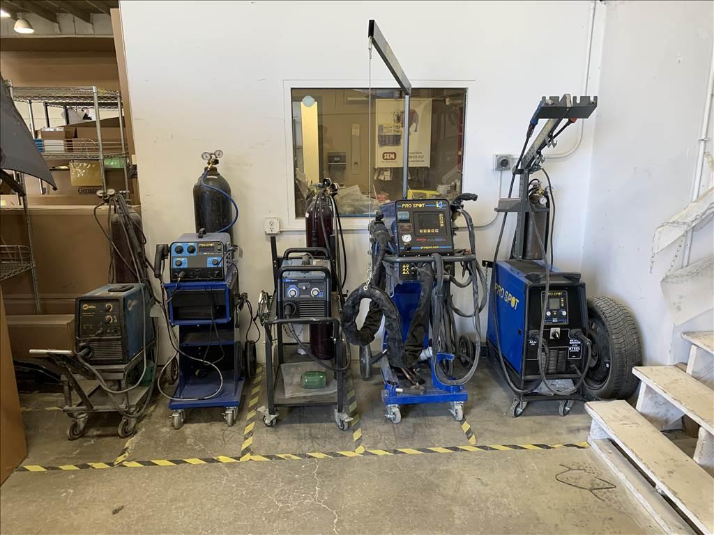 Carstar | CARSTAR Riverside Equipment