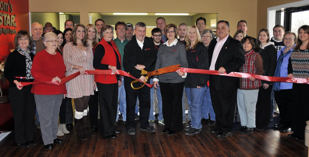 Russom's CARSTAR: Ribbon Cutting
