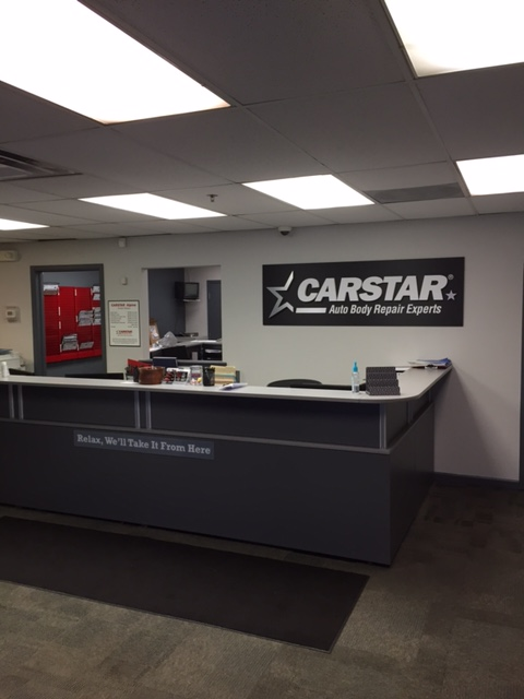 Alpine CARSTAR Auto Body: Receptionist's Desk