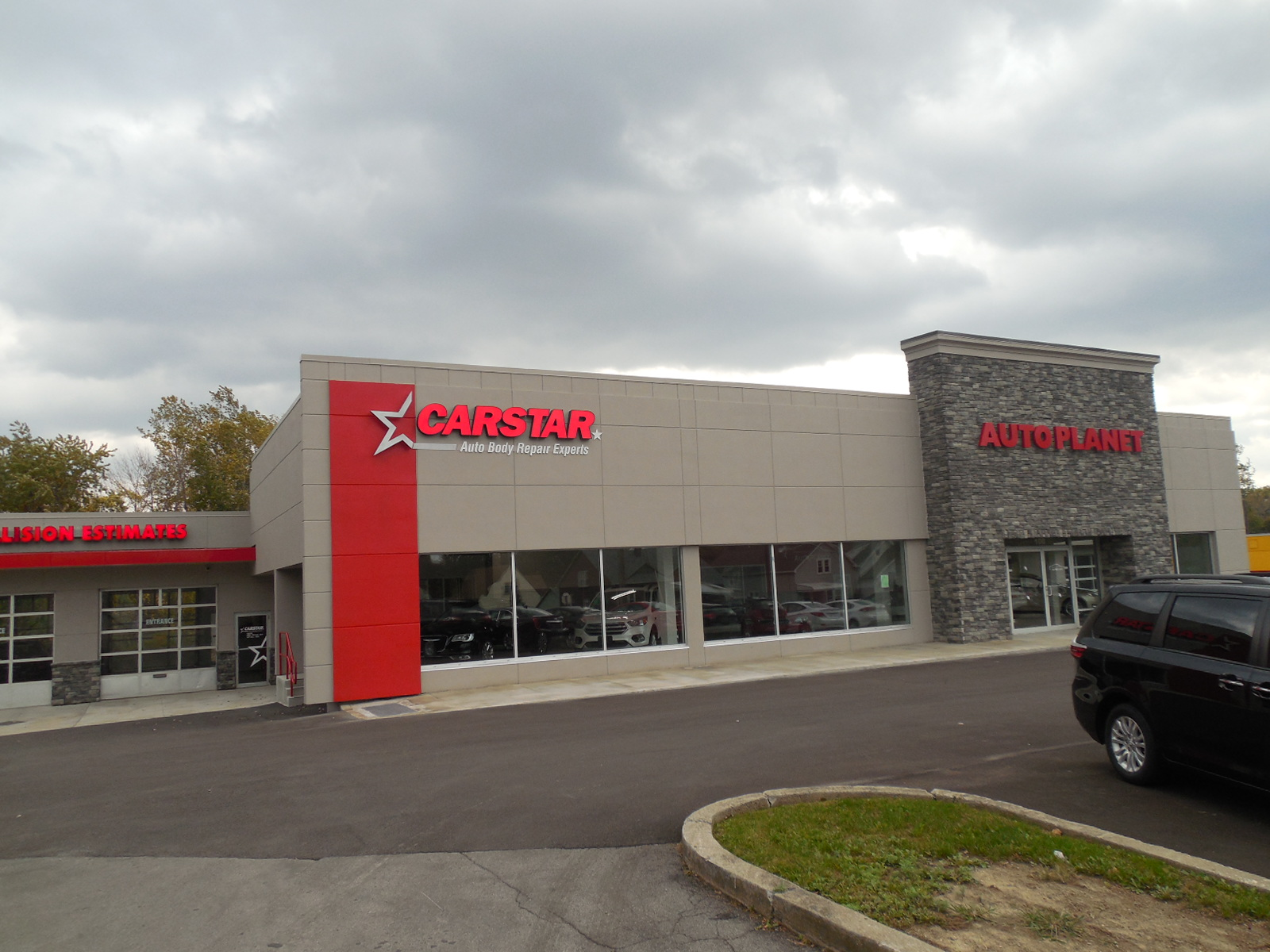 CARSTAR West Seneca Auto Body Repair: Exterior