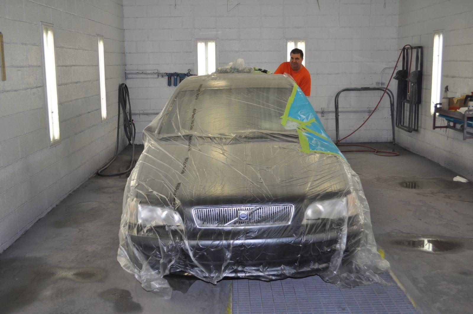 Pete's CARSTAR Collision: Paint Repair