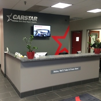 CARSTAR Metcalf Collision Repair: Front Desk