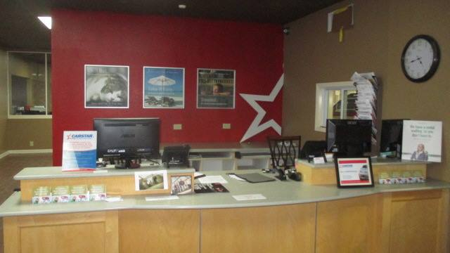 Ken's CARSTAR North: Front Desk