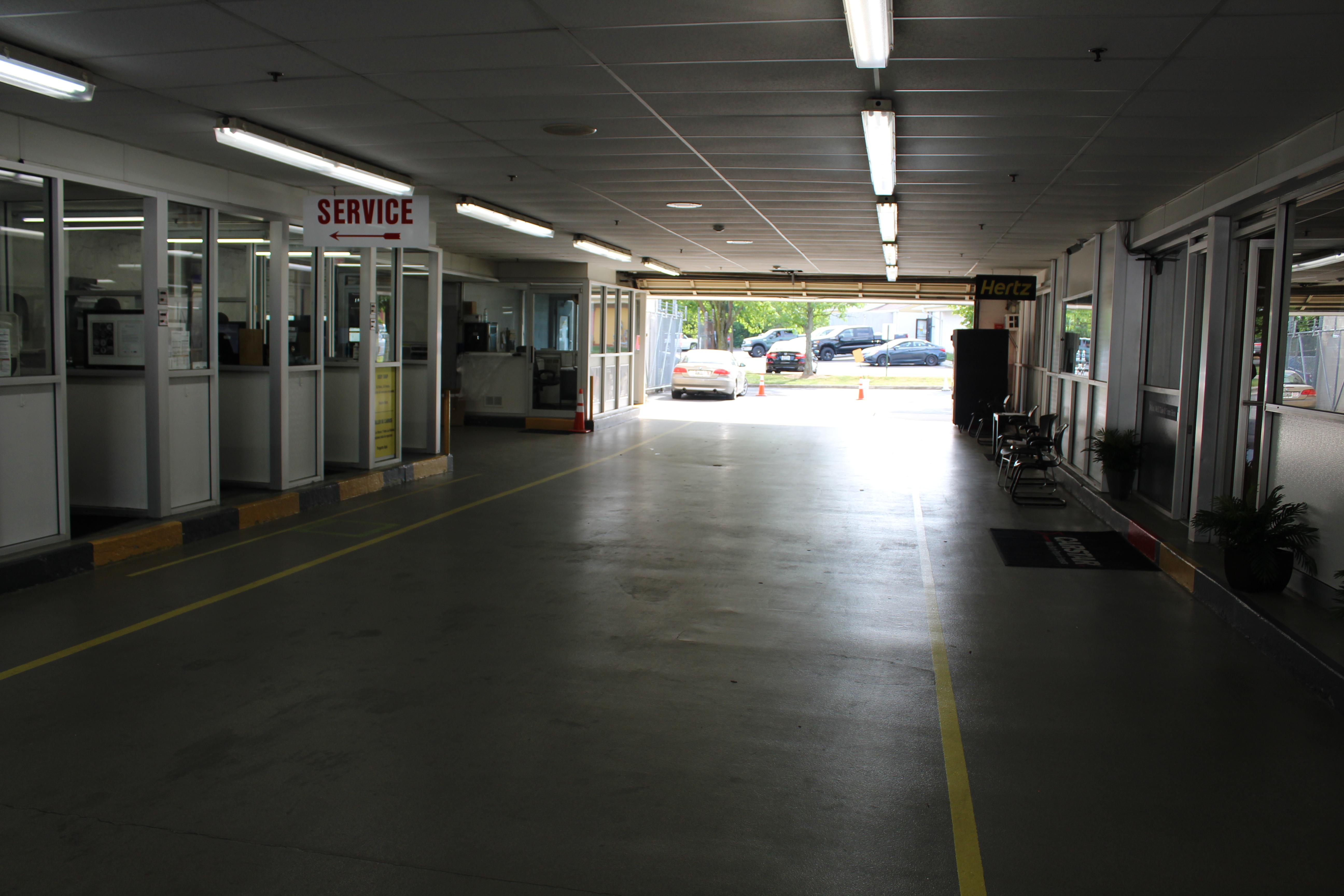Carstar | Service Drive