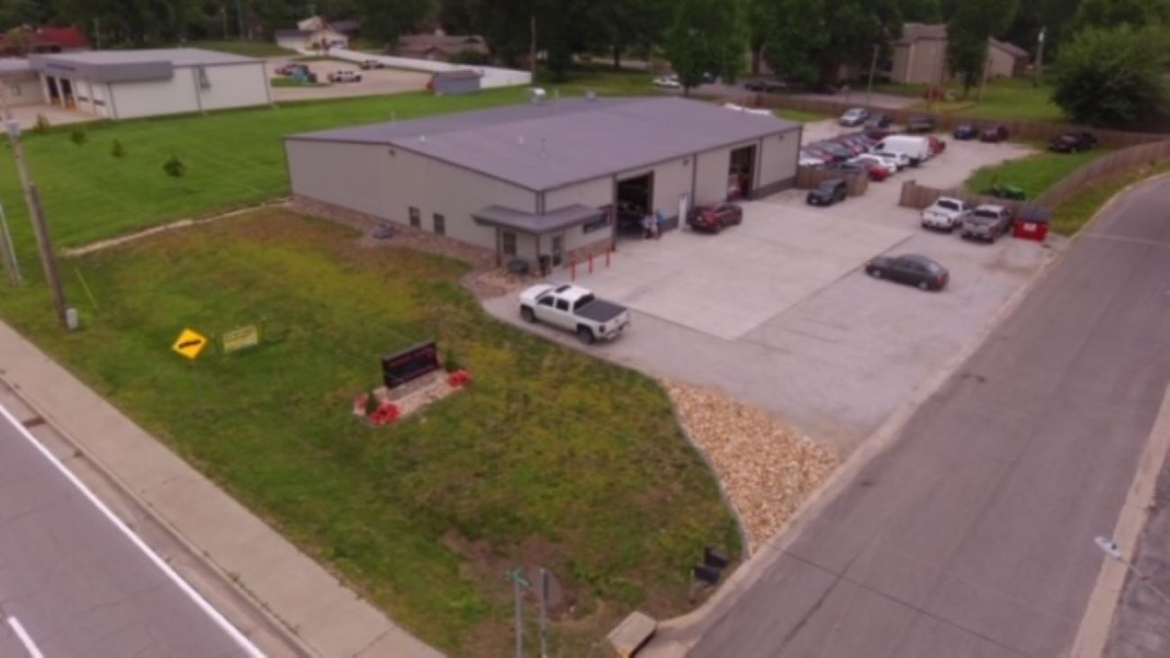 Carstar | Shop Drone Picture