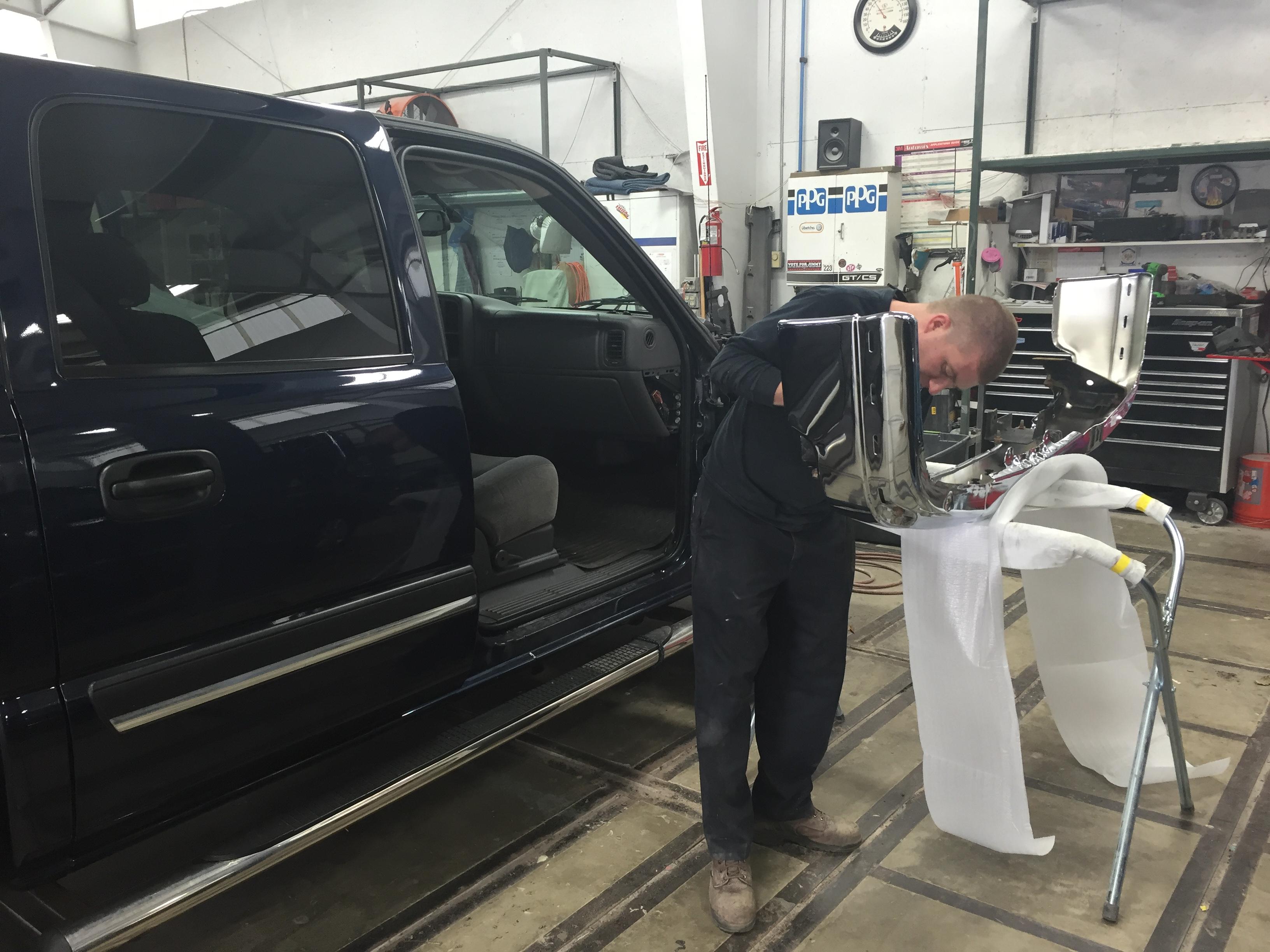CARSTAR Portage: Bumper Repair