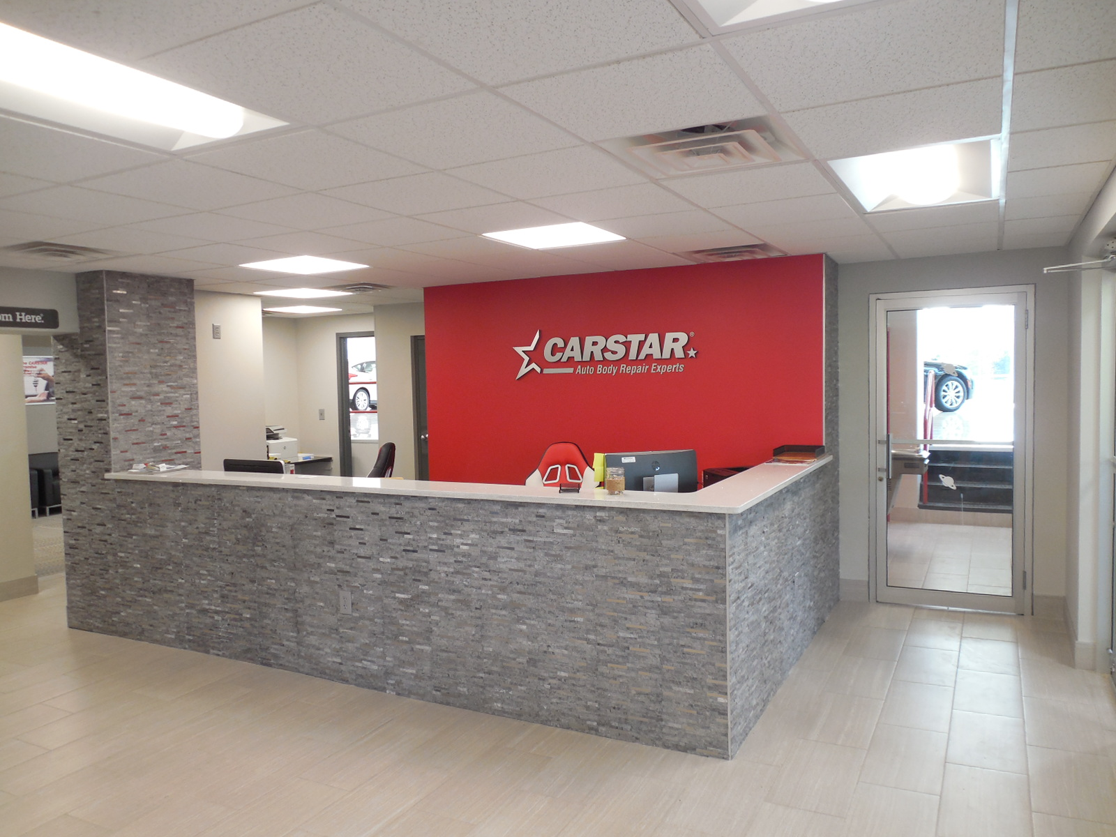CARSTAR West Seneca: Front Desk