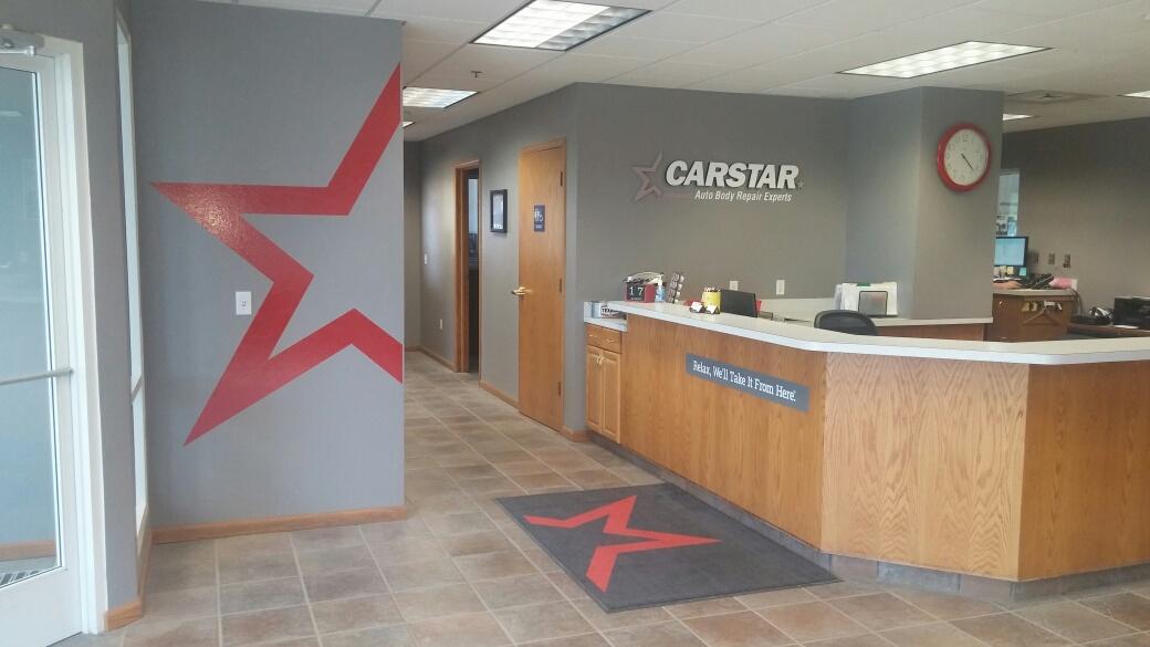 CARSTAR 76 Collision: Front Desk