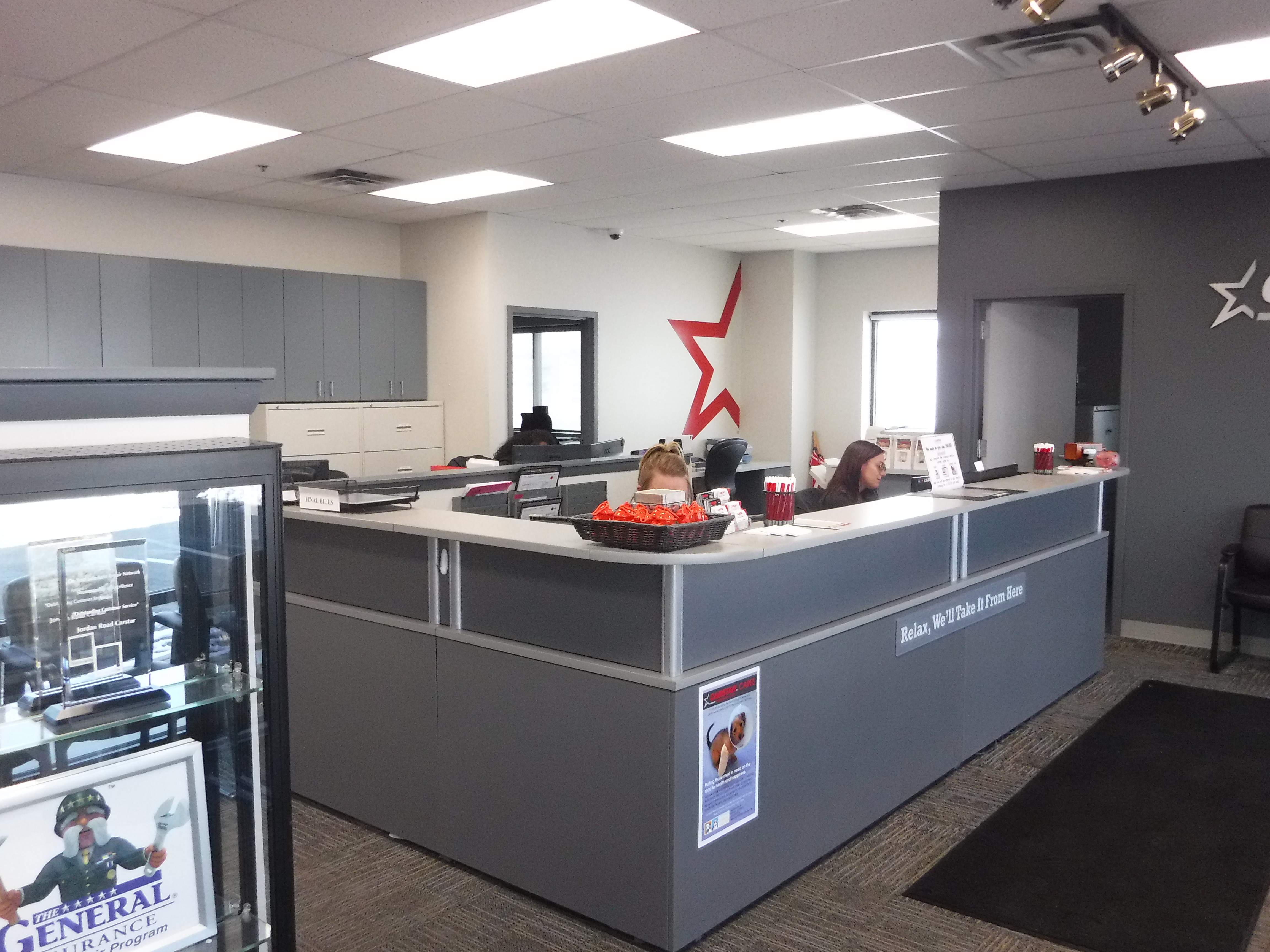 Jordan Road CARSTAR Collision Repair: Front Office