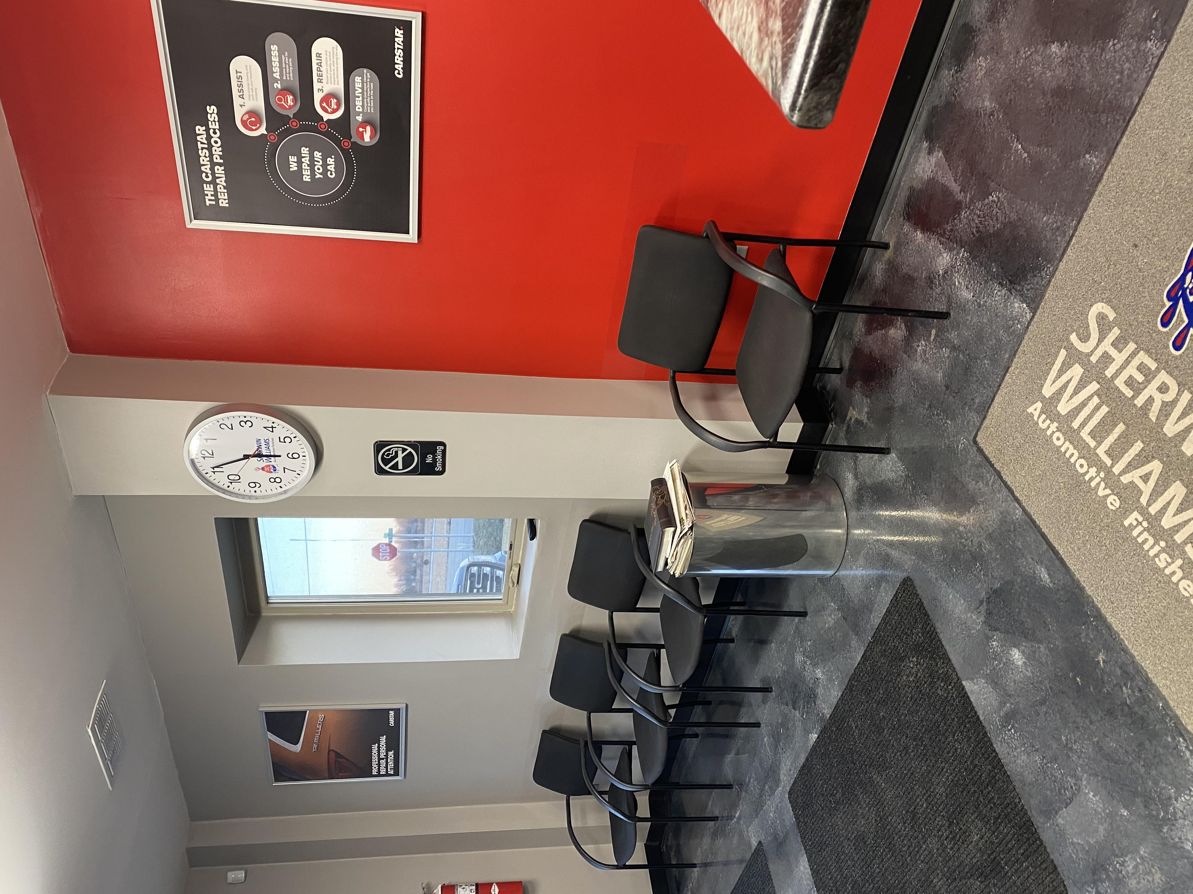 Carstar | Waiting Area