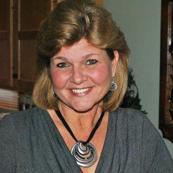 CARSTAR of Rockford: Kim Short